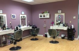 Allouez Beauty Salon (Green Bay, WI, United States) for Sale
